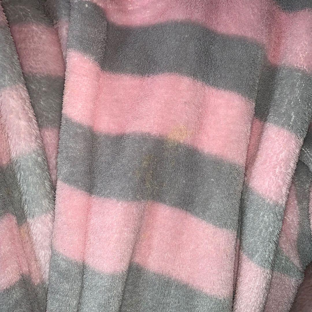 Size M/L fluffy striped robe