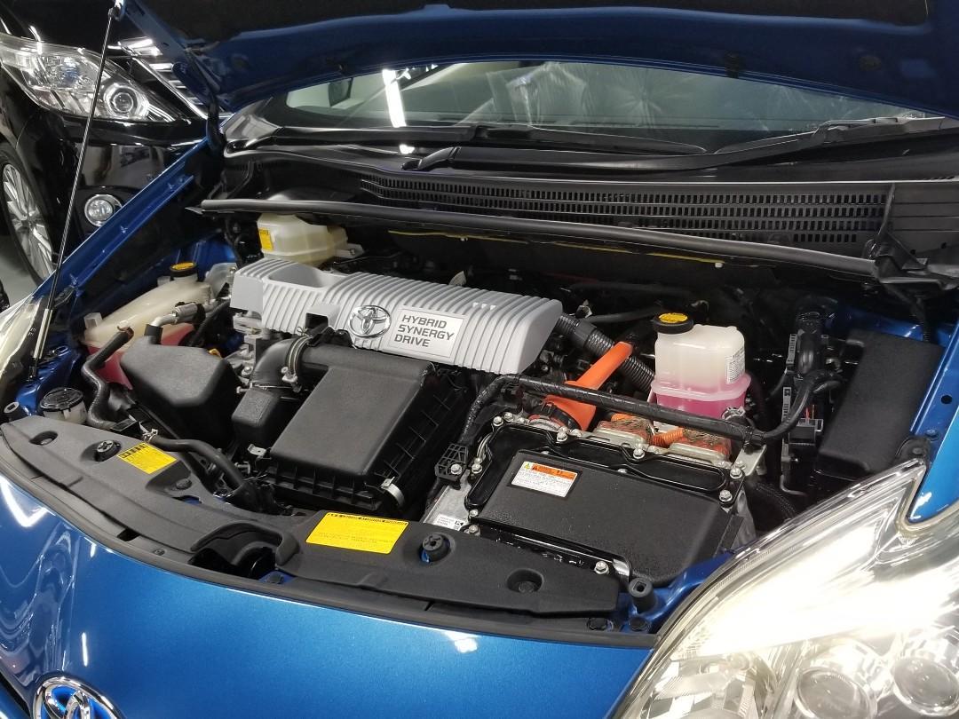 Toyota Prius 1.8 Hybrid G Facelift Auto