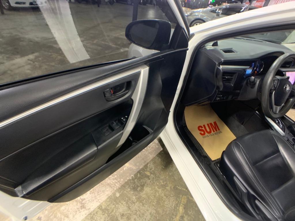 2014年 Toyota Altis 1.8E白色