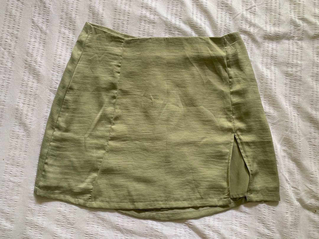 Glassons green skirt, worn once