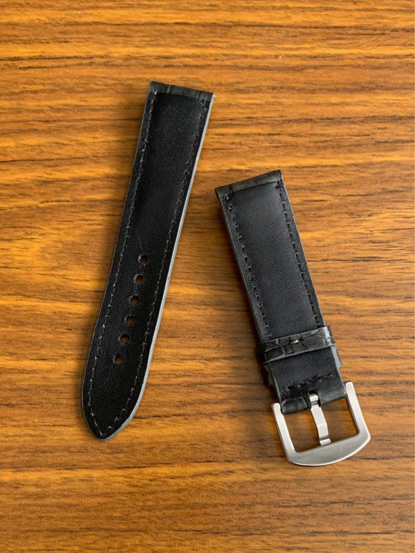 [DISCOUNTED] 22mm/20mm Authentic Dark Space Grey Crocodile 🐊 Alligator Watch Strap - (only one like this in this dark gray, once sold no more!! 👍🏻😊)     Standard length- L:120mm S:75mm