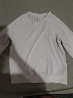 Sweatshirt/ Crewneck/ Sweater HnM