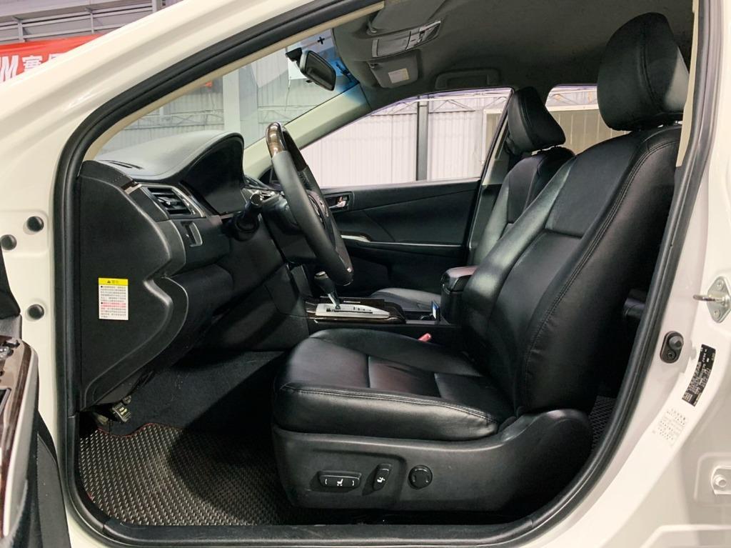 2012 Toyota Camry Hybrid 2.5G 油電車