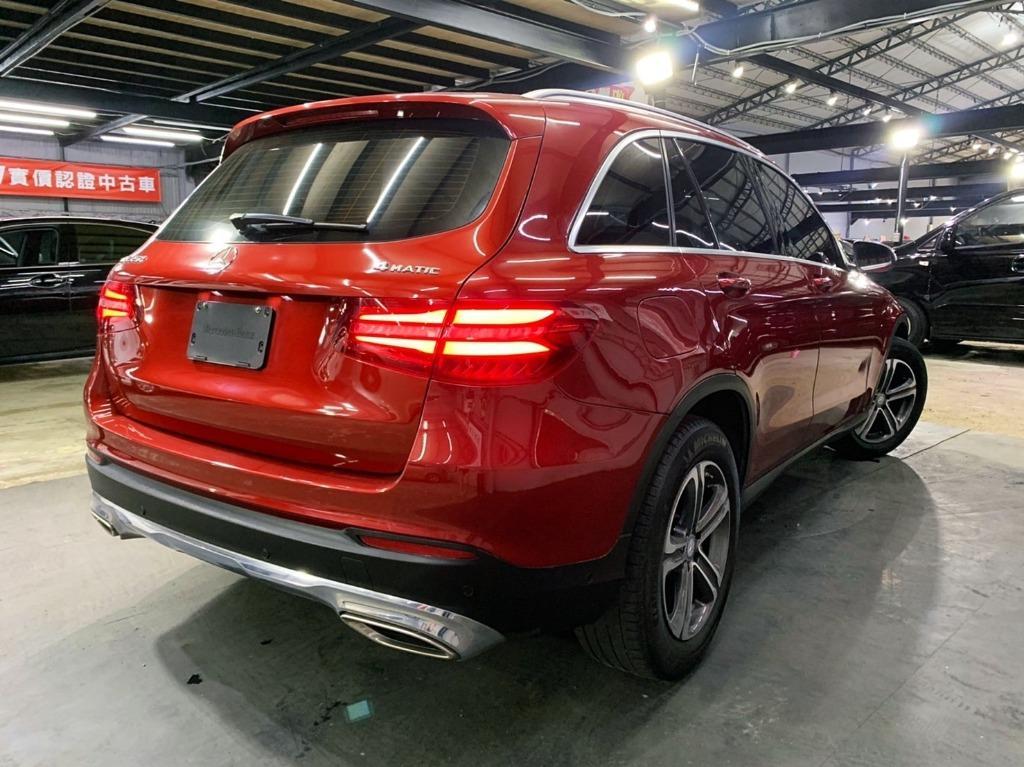 正2016年出廠 總代理Mercedes-Benz GLC250 2.0耀眼紅
