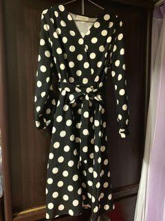 東京著衣圓點雪紡長裙