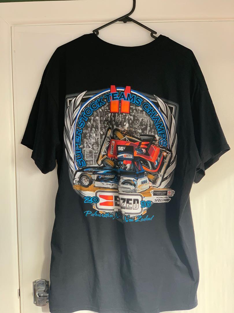 Car graphic t shirt