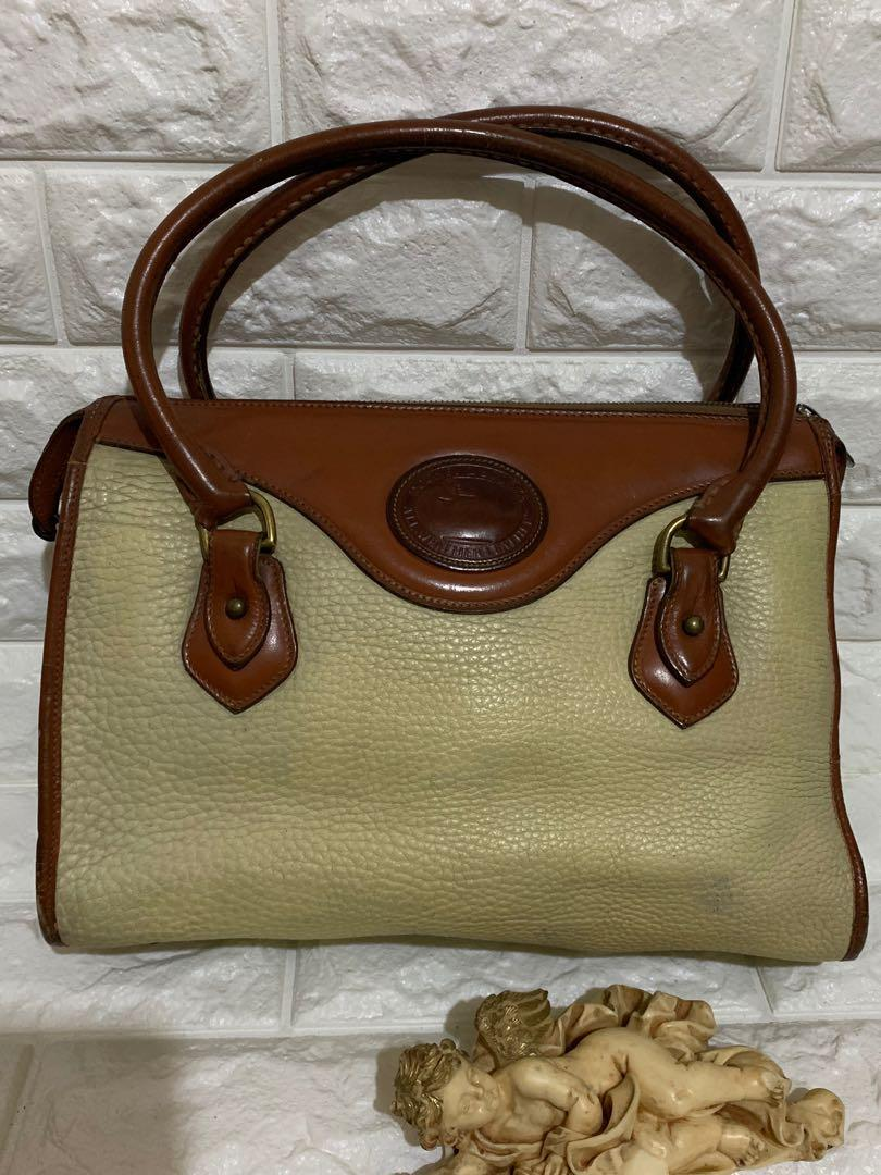 Shoulder bag Dooney and Bourke, USA, authentic, full leather, size 32 x 22 x 10 cm, kondisi 85% OK.sedikit kotor pemakaian 😎