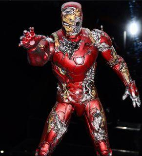 {CUSTOM} MARVEL LEGENDS ZOMBIE IRONMAN (SPIDER MAN FAR FROM HOME)