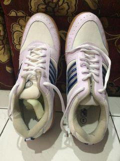 Sepatu Kets Kodachi