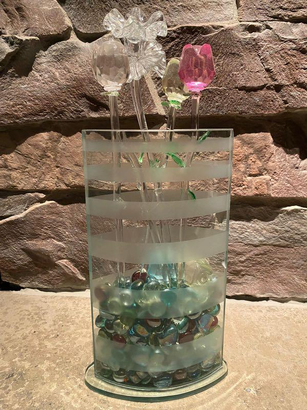Vase with glass flowers