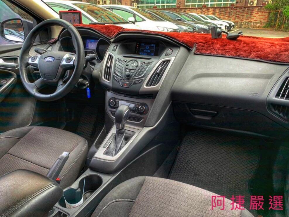 2014年 Ford Focus 5D 沒薪轉沒勞保 信用瑕疵 皆可辦理 只需要雙證件強力過件