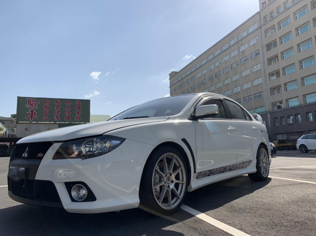 三菱 2011 白色 FORTIS IO 2.0 跑12萬