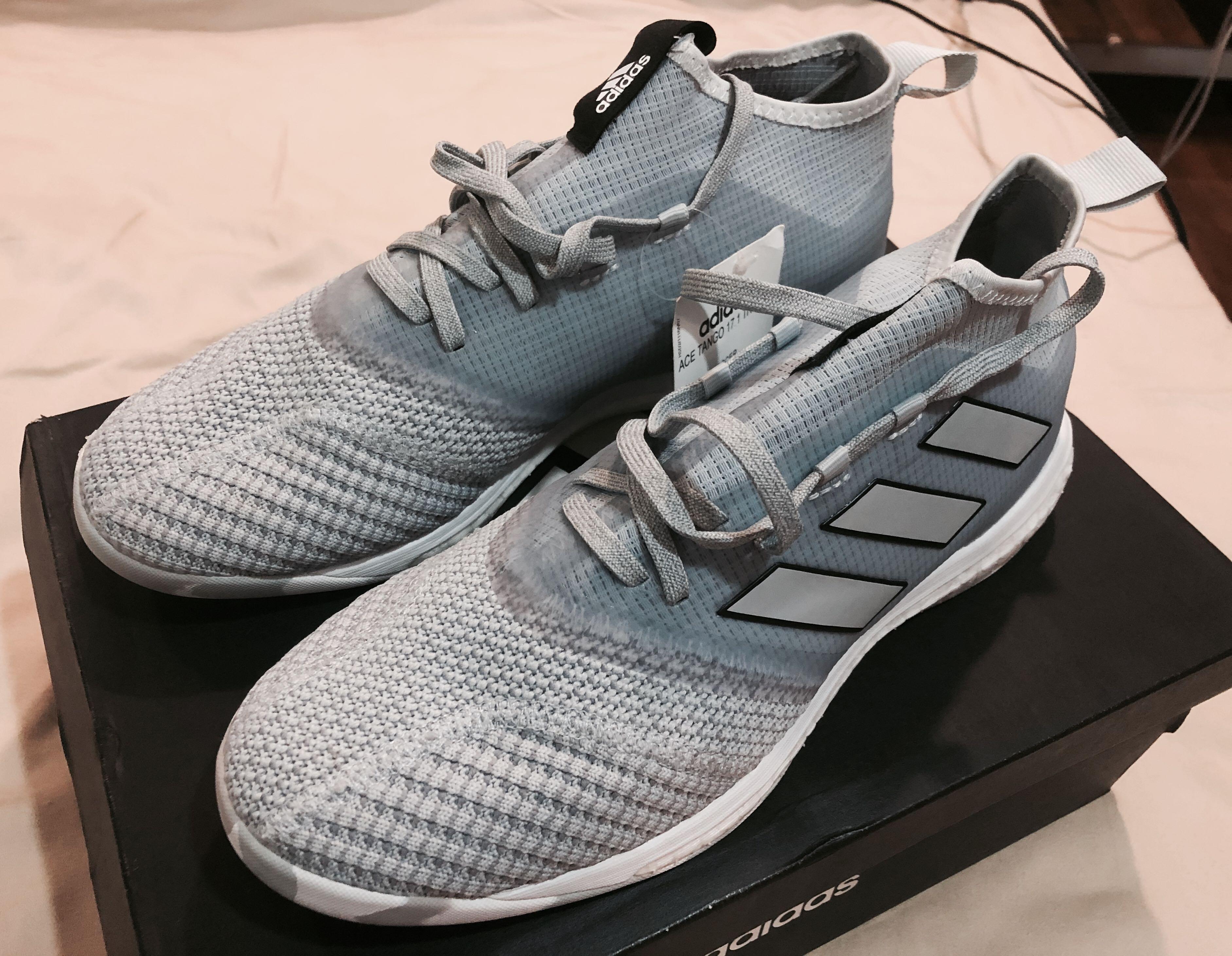 clímax personalidad Marchitar  BNIB Adidas Ace Tango 17.1 TR for sale!, Men's Fashion, Footwear, Sneakers  on Carousell