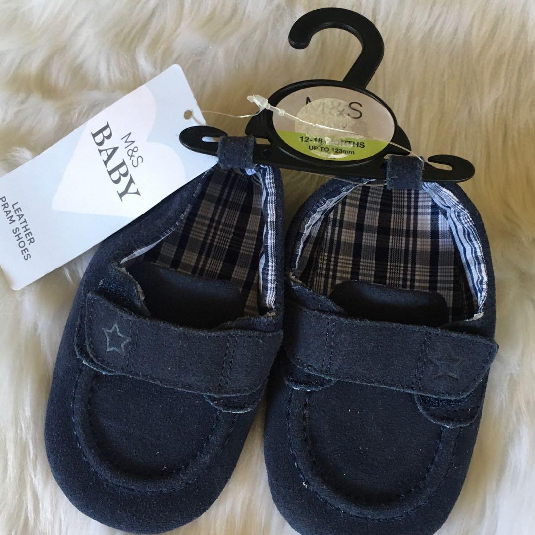 Spencer baby shoes 12-18mos, Babies