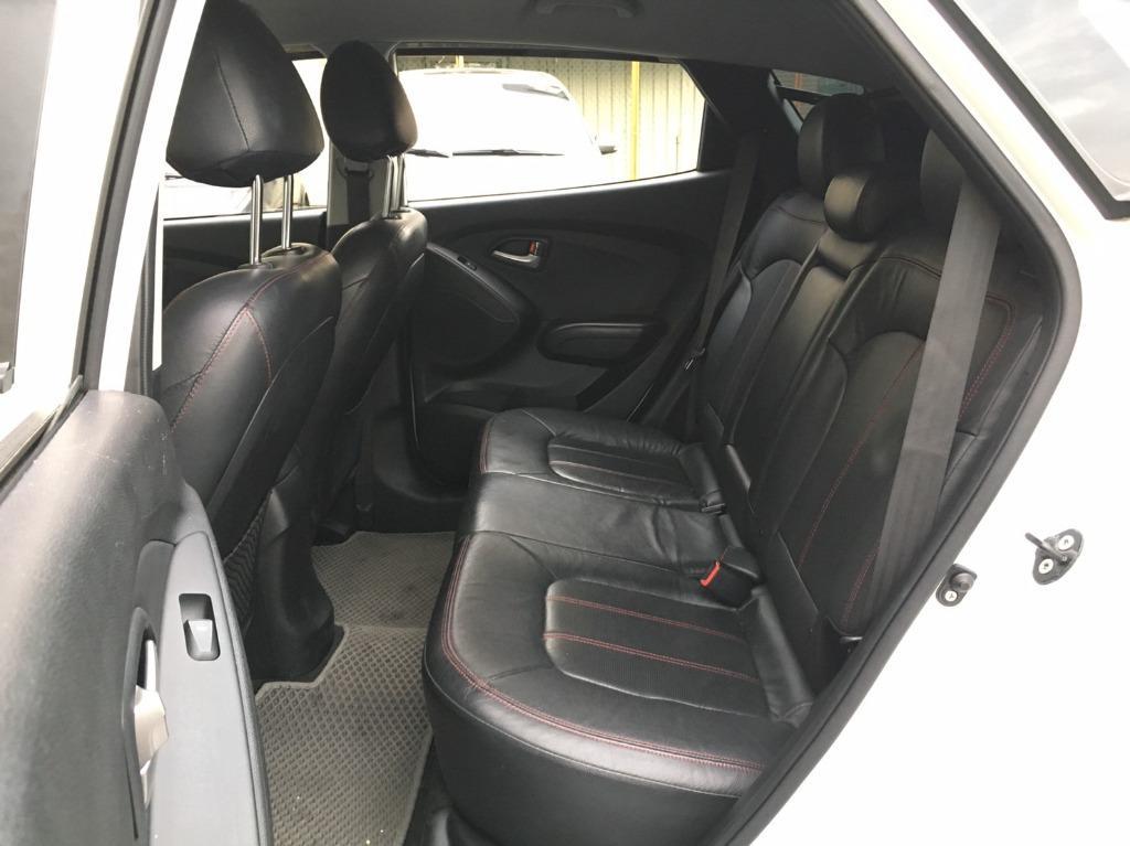 2012年 IX35 2.4白 黑內裝 陽春