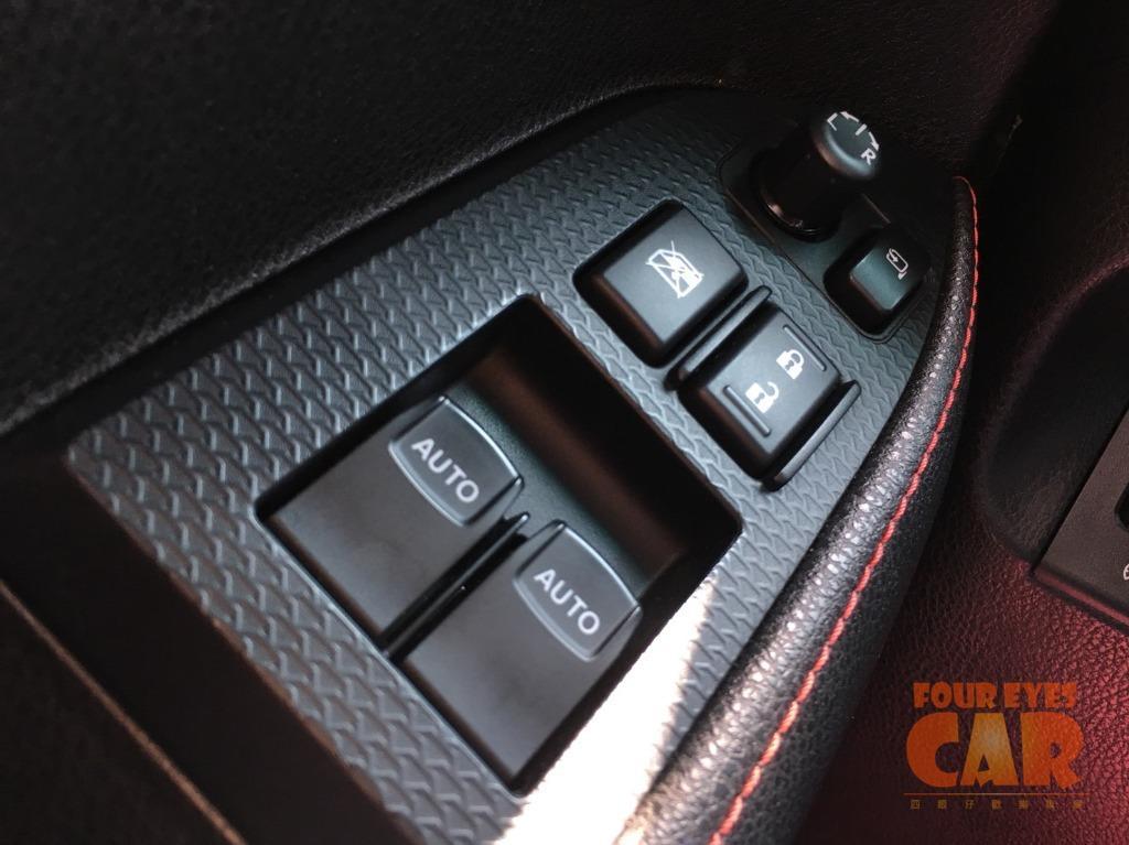 2013年 豐田 86 (中頂版)