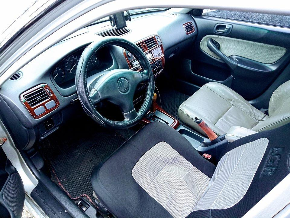 Automatic Car HONDA CIVIC 1999, 1590 CC for sale.