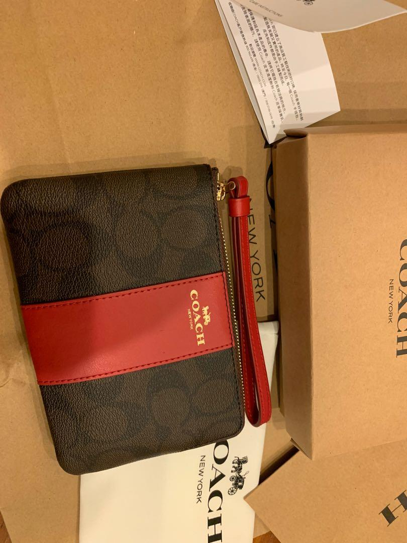 Ready Stock authentic coach Wrislet 58035 coin bag pouch raya gift gvbbnvbhvvvgvhhbhvvcu