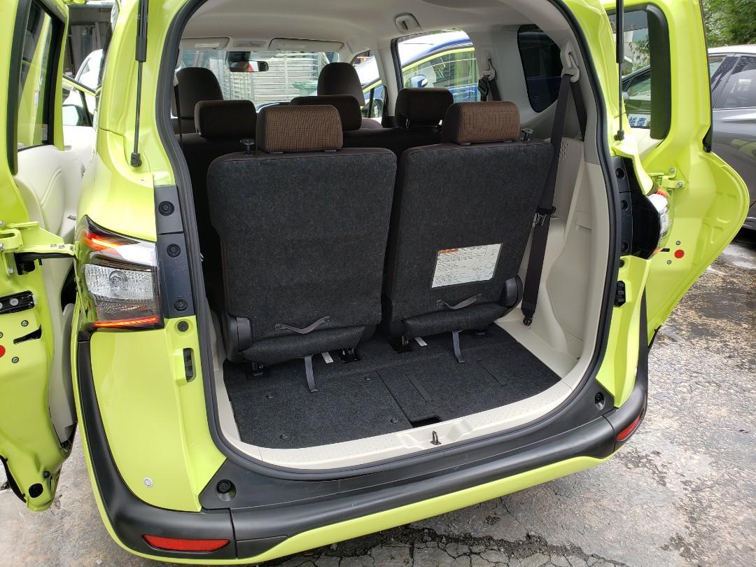 Toyota Sienta 1.5 Hybrid G (A)