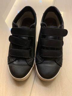 平底休閒鞋 包鞋 厚底鞋