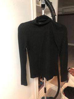 Long sleeve black shirts