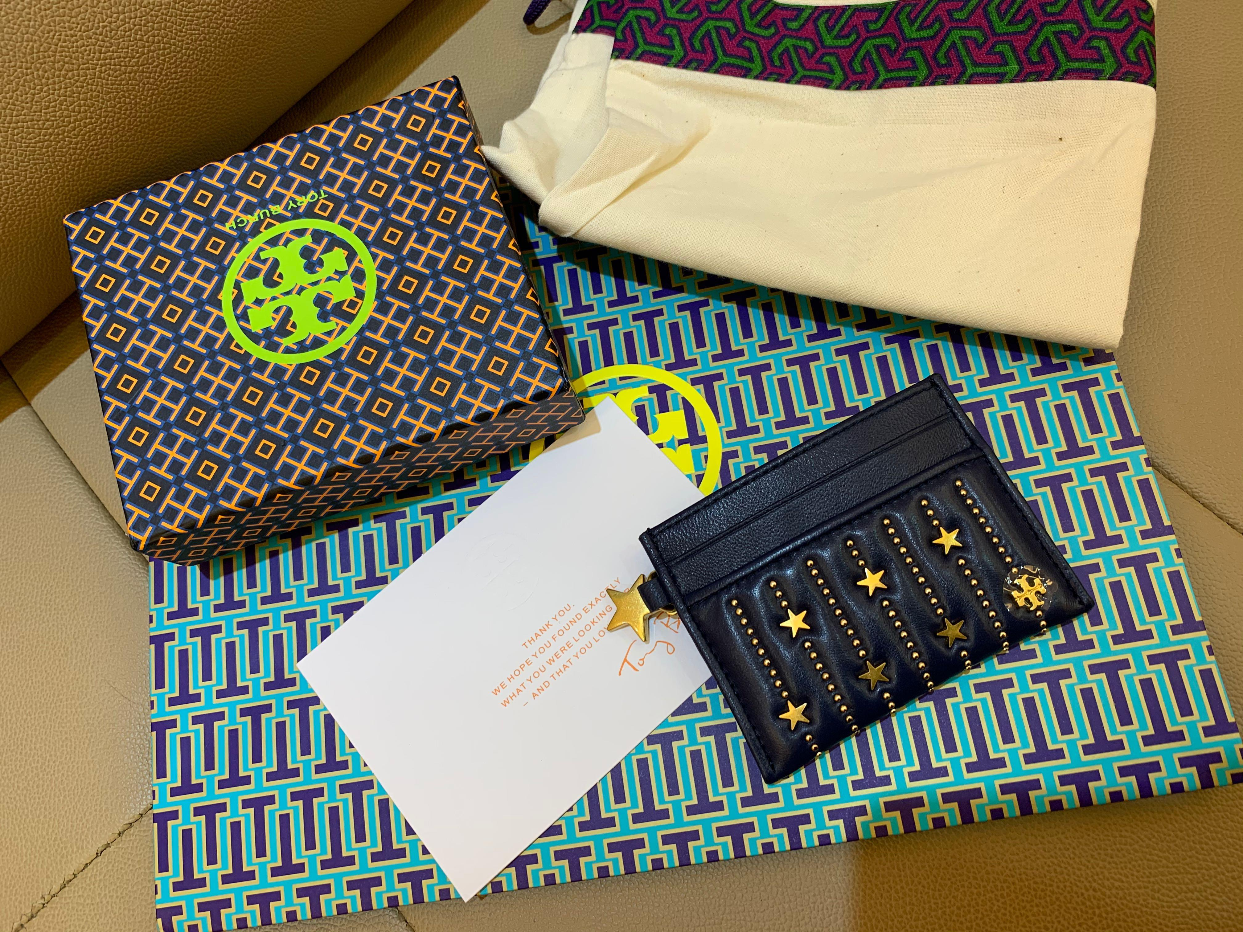 Ready Stock authentic Tory Burch Star Stud skin care case