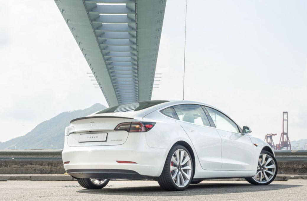 Tesla 3 Model 3 Auto