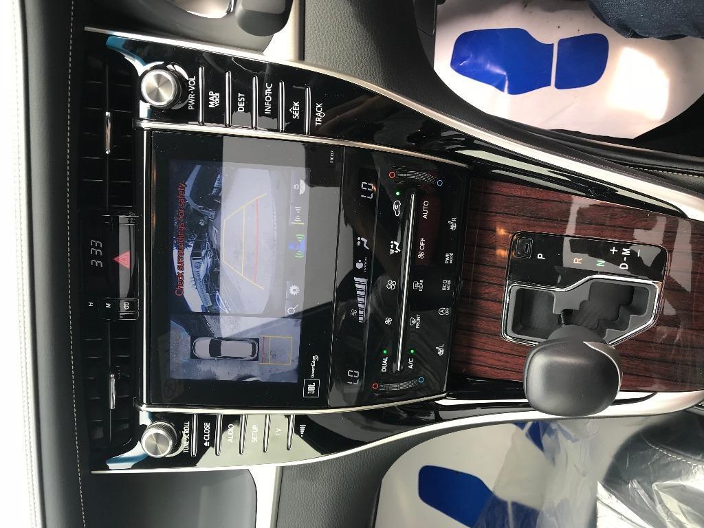Toyota Harrier 2.0 Premium Moonroof (A)