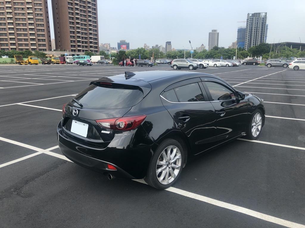 2016年Mazda 3 5D 換檔撥片/I-KEY/抬頭顯示器