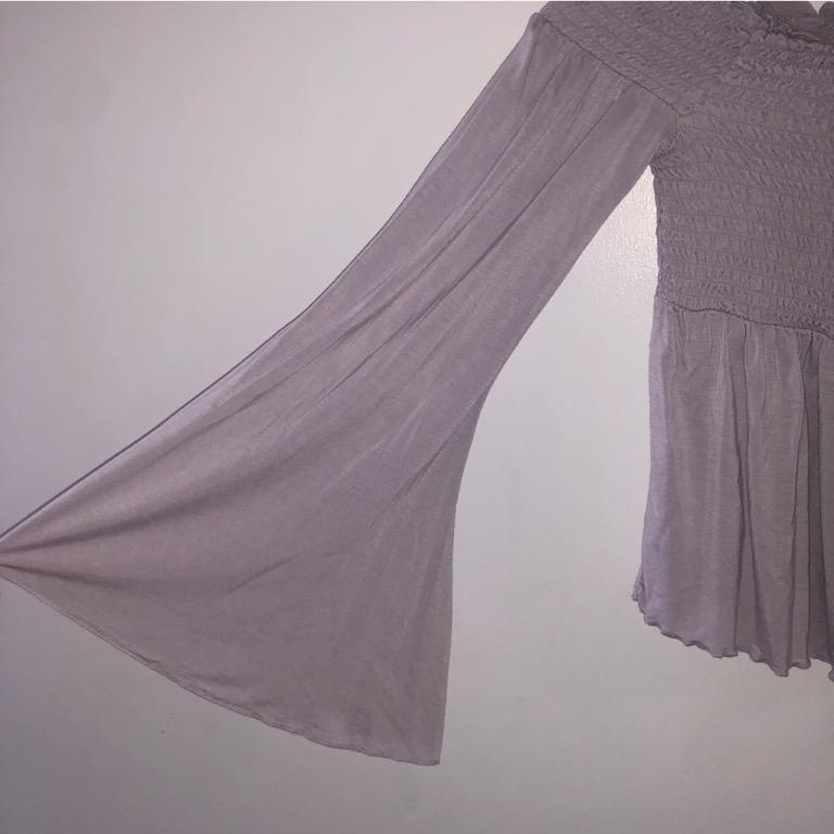 American Eagle Lilac/Pastel Purple Scrunched Bell-Sleeve Blouse