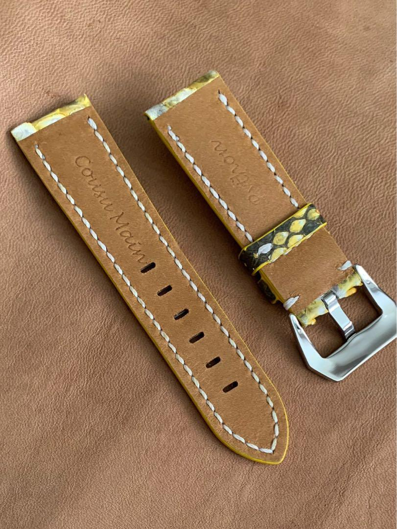 24mm/22mm Tuscany Bumblebee Yellow Himalayan White Black Python 🐍 Snake Watch Strap  (very exceptional piece, only one, once sold no more 🙏🏻🤗 ) Standard Length- L:120mm S:75mm