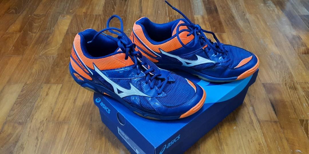 mizuno badminton shoes size 10 10