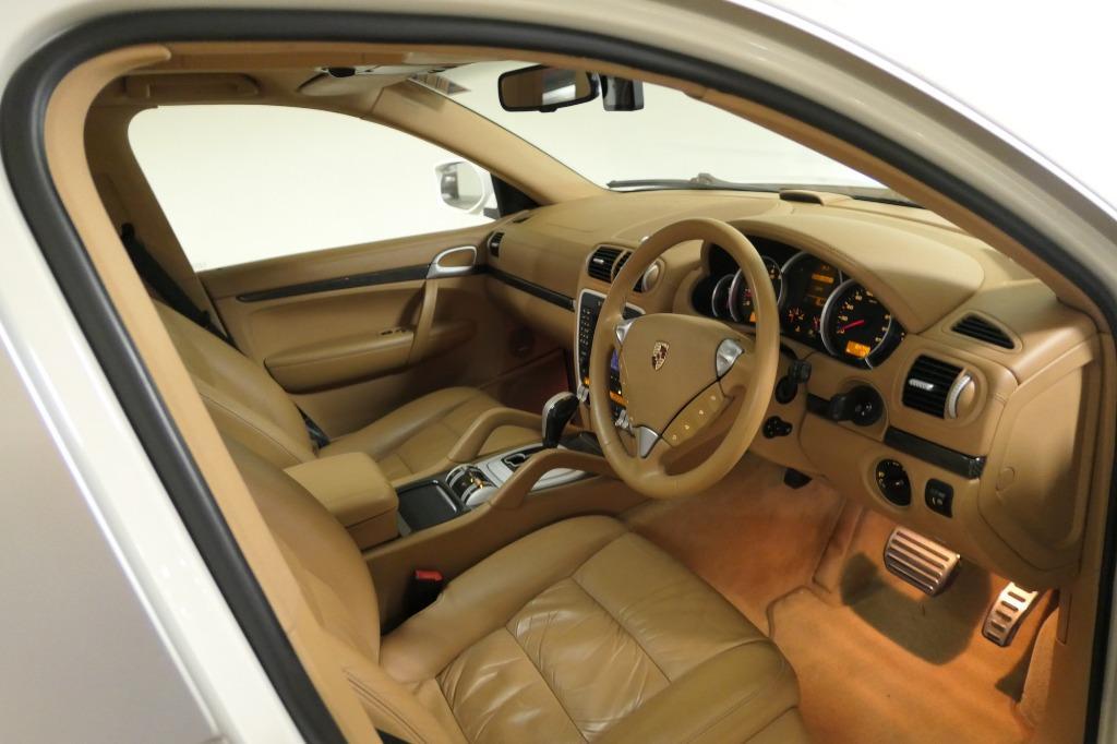 Porsche Cayenne 4.8 S (A)