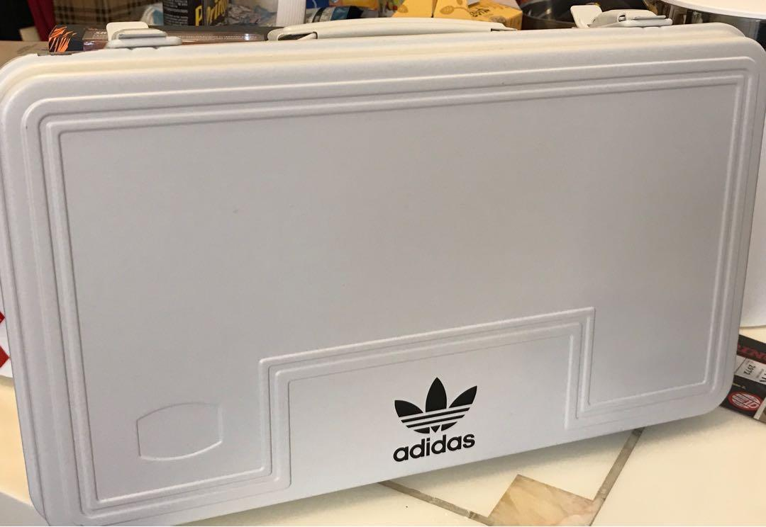 Adidas Originals Box 鐵盒, 傢俬&家居