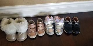 Baby girl shoes sizes 21,23,24