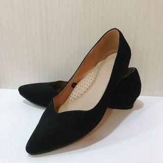 二手net麂皮質感OL黑色平底鞋