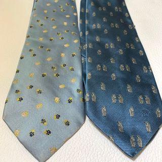 Versace Blue Tie 藍色領呔 ( 左 $90 ;  右  $280 )