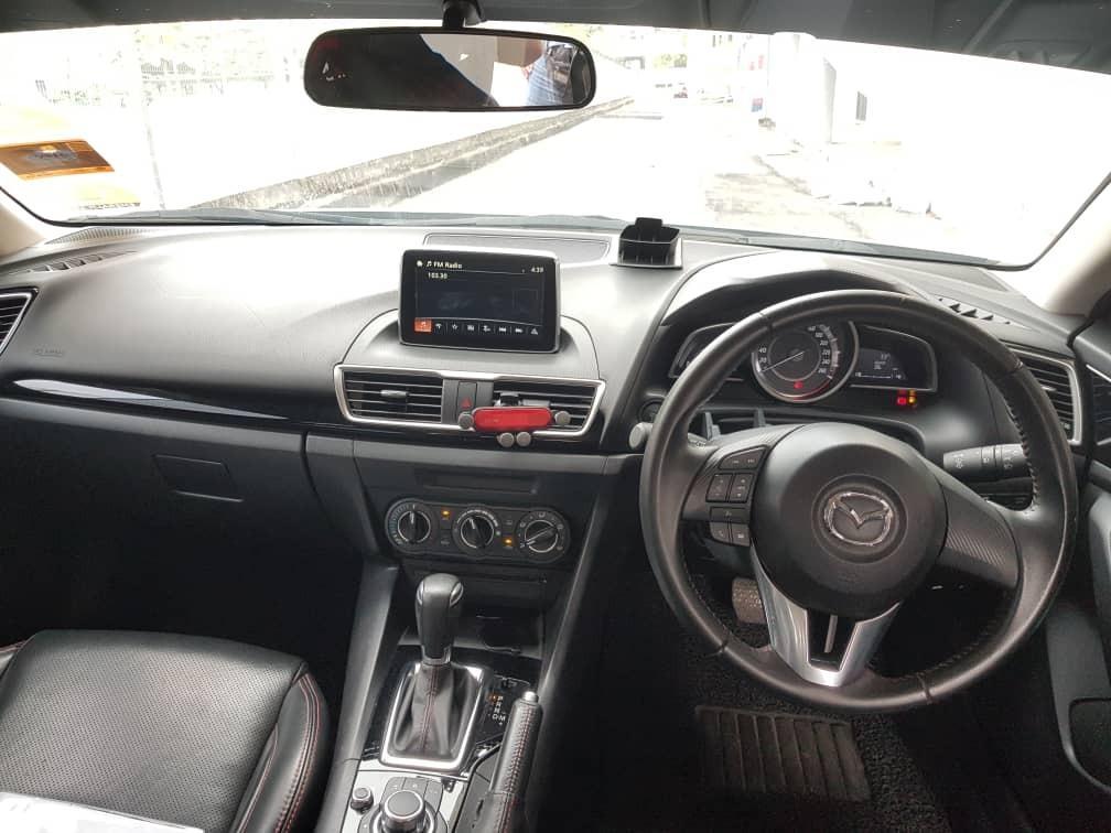 2016 Mazda 3 2.0 SEDAN SKYACTIV (A) B/L LOAN KEDAI