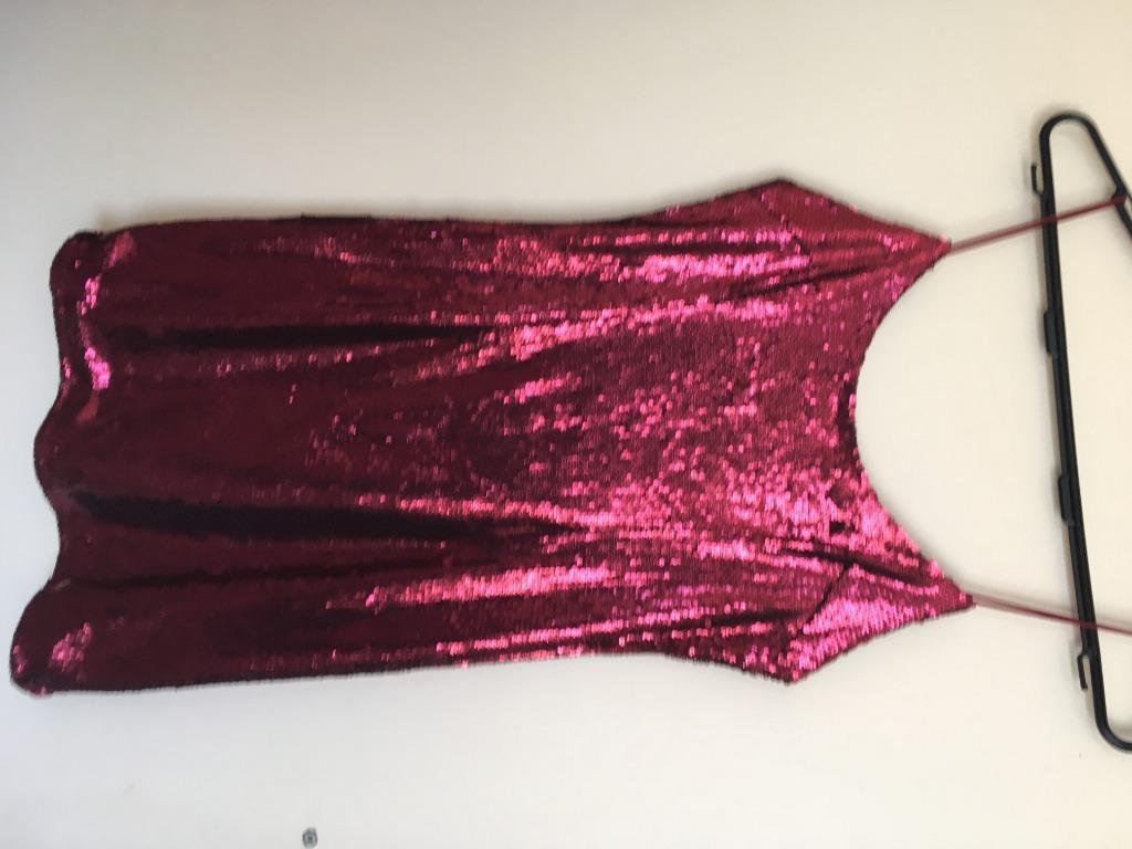 Kourtney Kardashian Pretty Little Thing Red Sparkly Dress size 8