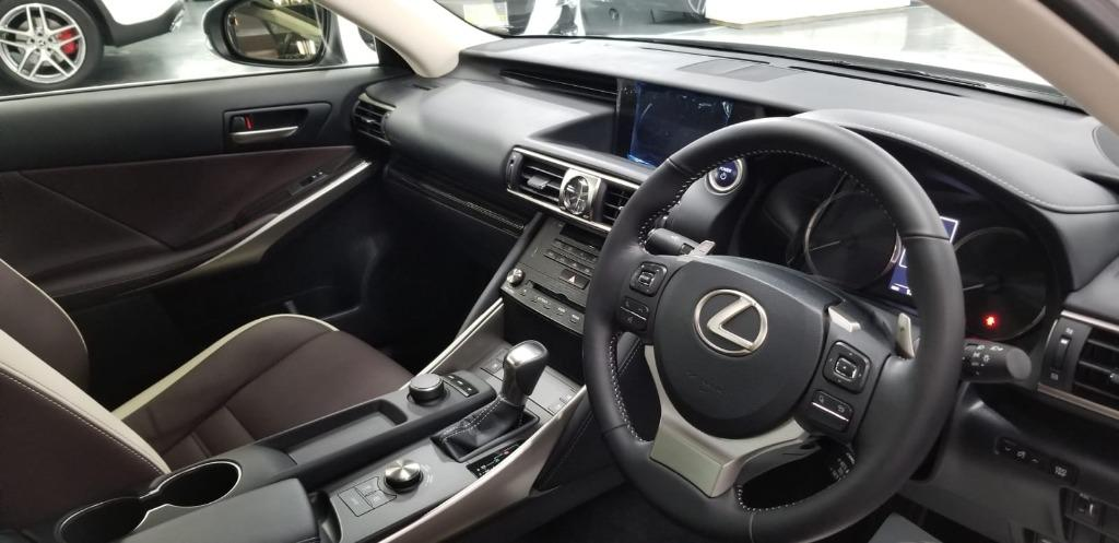 Lexus IS300 H Auto