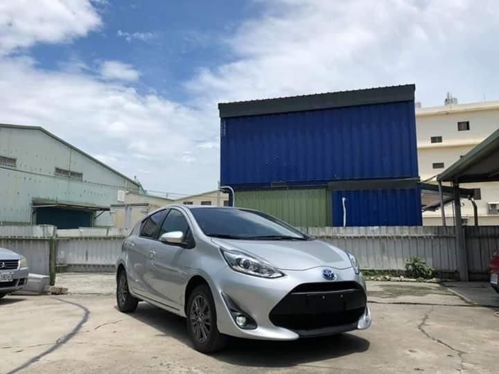 2019年 toyota priusc 歡迎賞車喔!0925228407