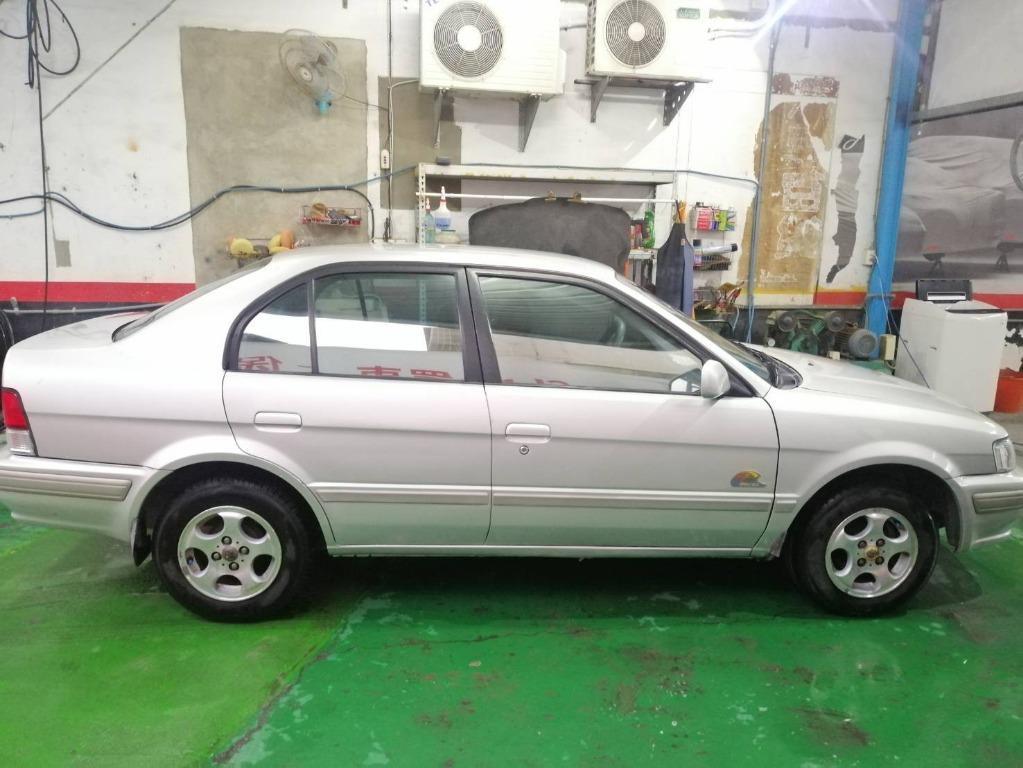 2002年 Toyota Tercel 銀色 里程 : 15.5萬