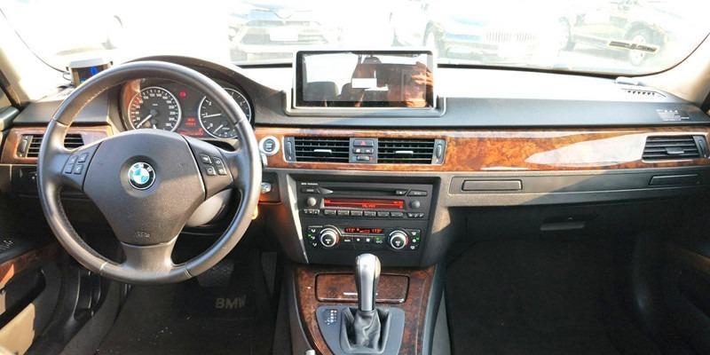 2006/BMW 320I/2.0/經典黑