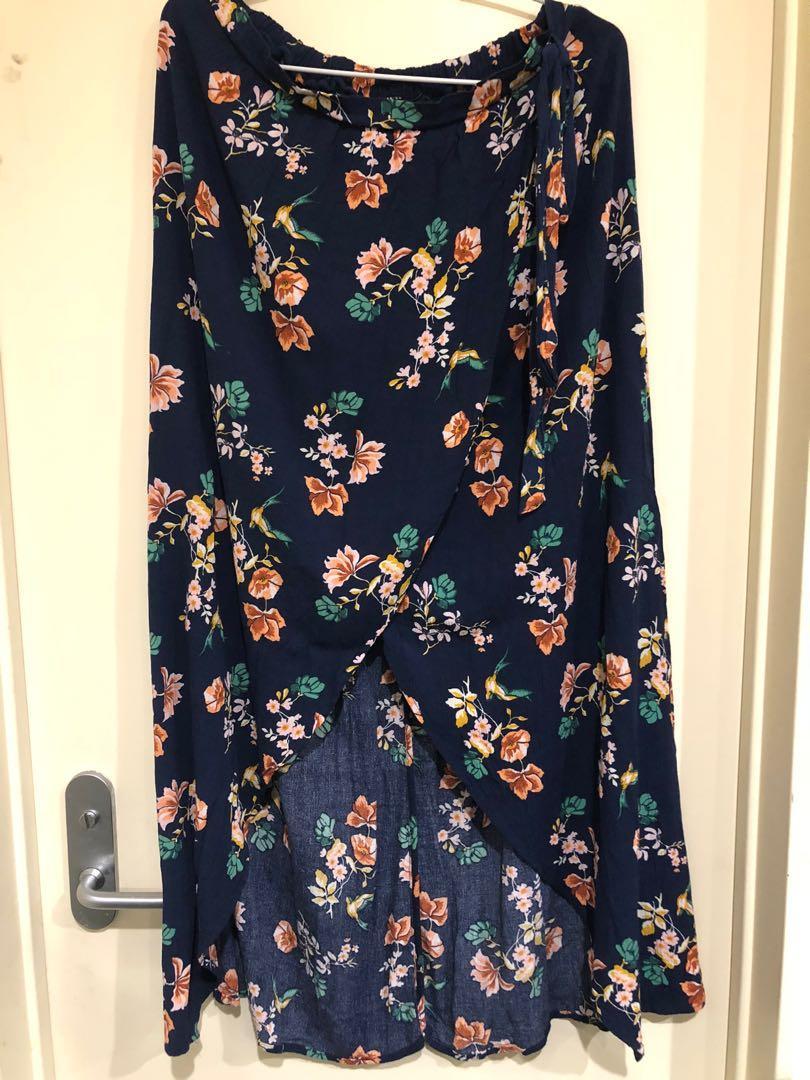 Floral skirt M