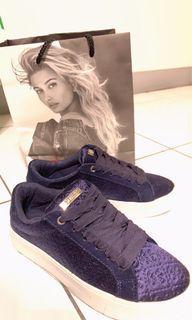 全新Guess深寶藍色壓紋板鞋美國品牌outlet購買
