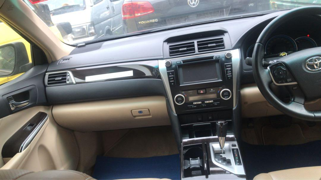 Toyota Camry hybrid  2.4 Auto