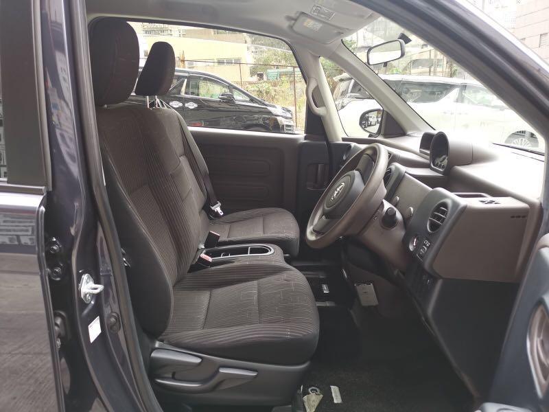 Toyota Spade Spade  Auto