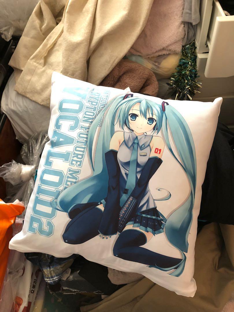 初音攬枕🧡