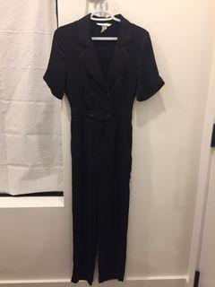 H&M BLACK PANTSUIT - SIZE 2