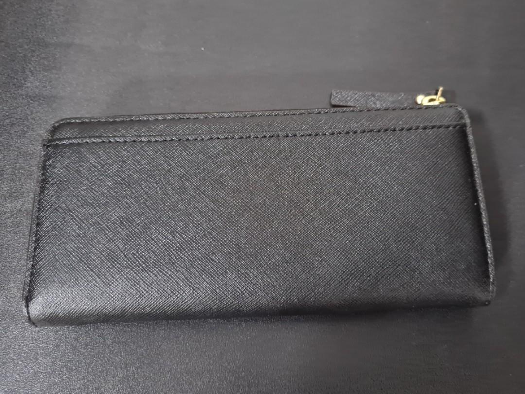 Kate Spade New York Cedar Street Nisha, As Good As Brand New Black Long Leather Clutch Wallet With Zip Credit Card Slots Coin Compartment!